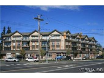 Main Photo: 302 2220 Sooke Road in VICTORIA: Co Hatley Park Condo Apartment for sale (Colwood)  : MLS®# 252578