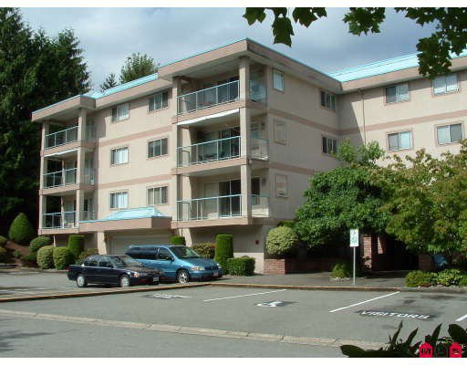 "Main Photo: 204 33090 GEORGE FERGUSON WA Way in Abbotsford: Central Abbotsford Condo for sale in ""Tiffany Place"" : MLS®# F2918228"