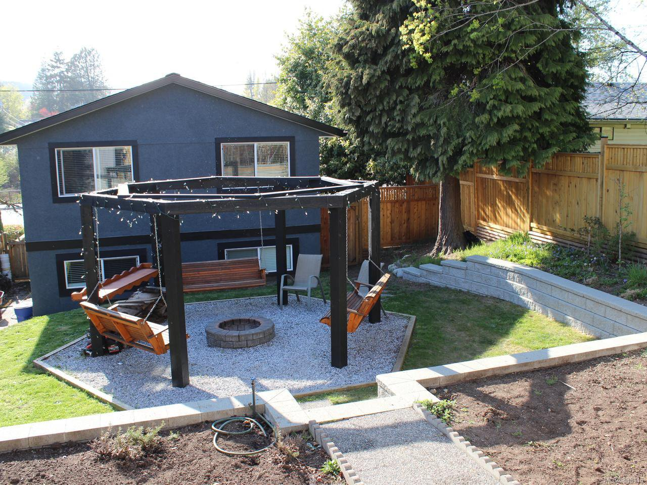 Main Photo: 322 Bruce Ave in NANAIMO: Na University District House for sale (Nanaimo)  : MLS®# 838115