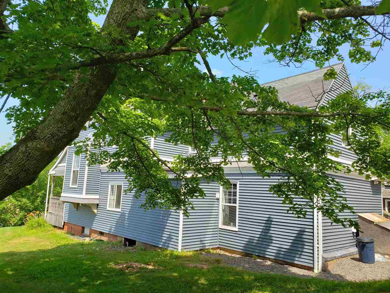 Photo 2: Photos: 29 Prospect Street in Wolfville: 404-Kings County Multi-Family for sale (Annapolis Valley)  : MLS®# 202014423