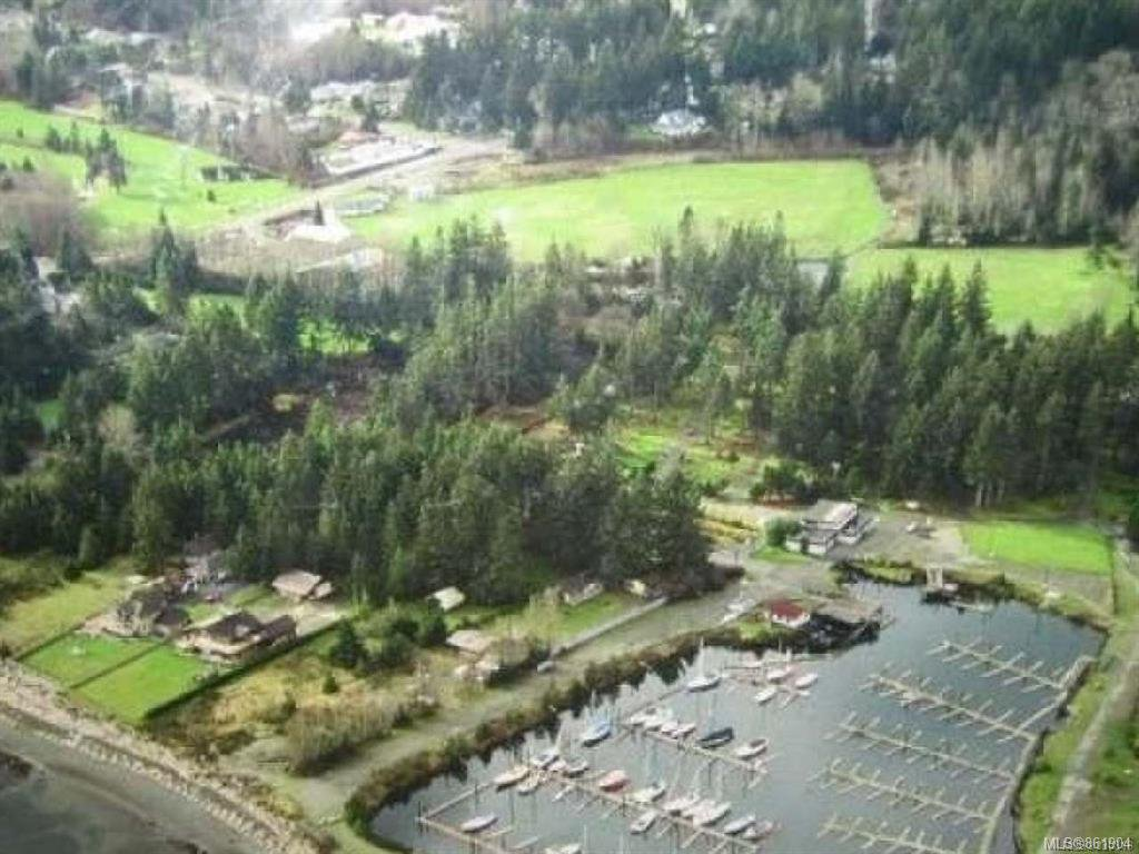 Main Photo: 2084 Saratoga Rd in : CV Merville Black Creek Mixed Use for sale (Comox Valley)  : MLS®# 861904