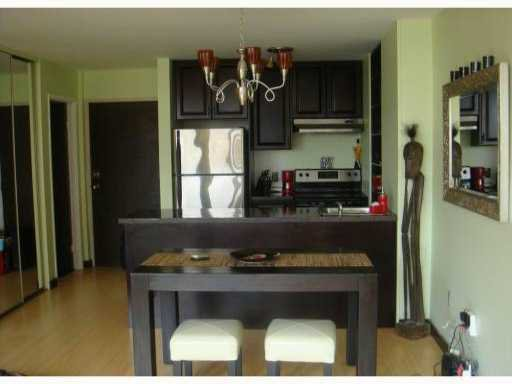 """Main Photo: 616 950 DRAKE Street in Vancouver: Downtown VW Condo for sale in """"ANCHOR POINT 2"""" (Vancouver West)  : MLS®# V821308"""