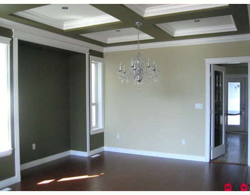 Photo 5: Photos: 19347 73RD Avenue in Surrey: Clayton House for sale (Cloverdale)  : MLS®# F2908477