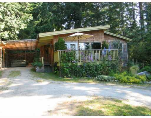 Main Photo: 6054 CORACLE Drive in Sechelt: Sechelt District House for sale (Sunshine Coast)  : MLS®# V777242
