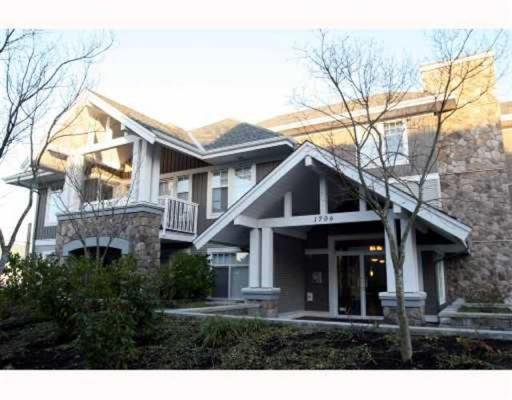 "Main Photo: 208 1706 56TH Street in Tsawwassen: Beach Grove Condo for sale in ""Heron Cove"" : MLS®# V790843"