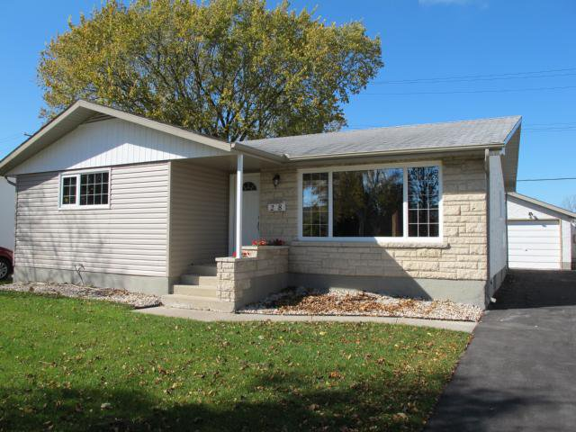 Main Photo:  in WINNIPEG: North Kildonan Residential for sale (North East Winnipeg)  : MLS®# 1017652