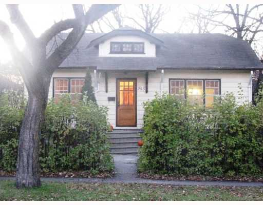 Photo 2: Photos:  in WINNIPEG: River Heights / Tuxedo / Linden Woods Residential for sale (South Winnipeg)  : MLS®# 2901837