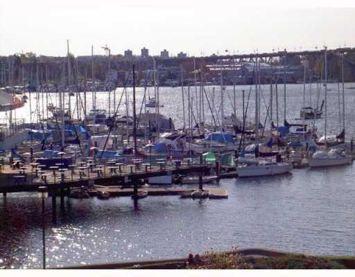 Main Photo: 417 525 WHEELHOUSE Square in Vancouver: False Creek Condo for sale (Vancouver West)  : MLS®# V764600