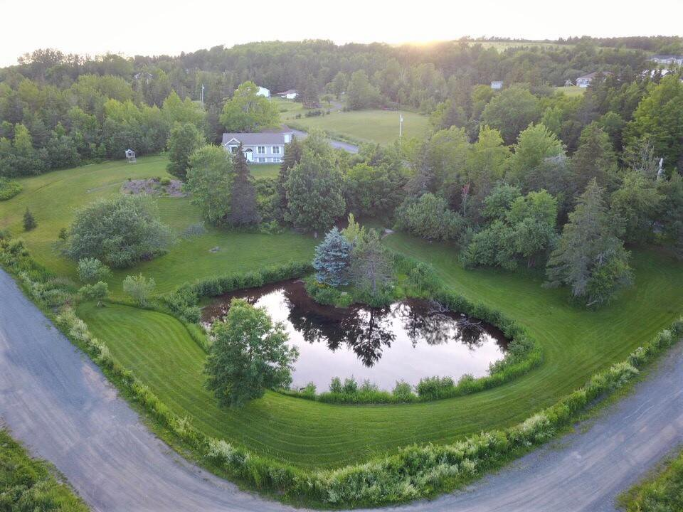Main Photo: 34 Mary Drive in Greenhill: 108-Rural Pictou County Residential for sale (Northern Region)  : MLS®# 201921582