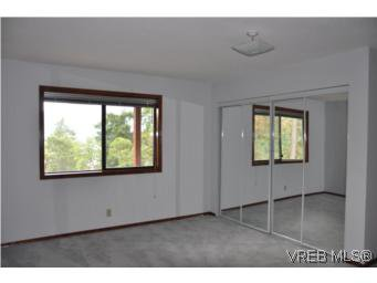 Photo 14: Photos: 853 Melody Pl in VICTORIA: CS Willis Point House for sale (Central Saanich)  : MLS®# 511688