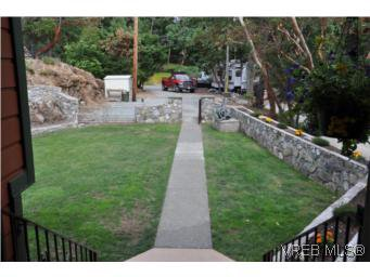 Photo 18: Photos: 853 Melody Pl in VICTORIA: CS Willis Point House for sale (Central Saanich)  : MLS®# 511688