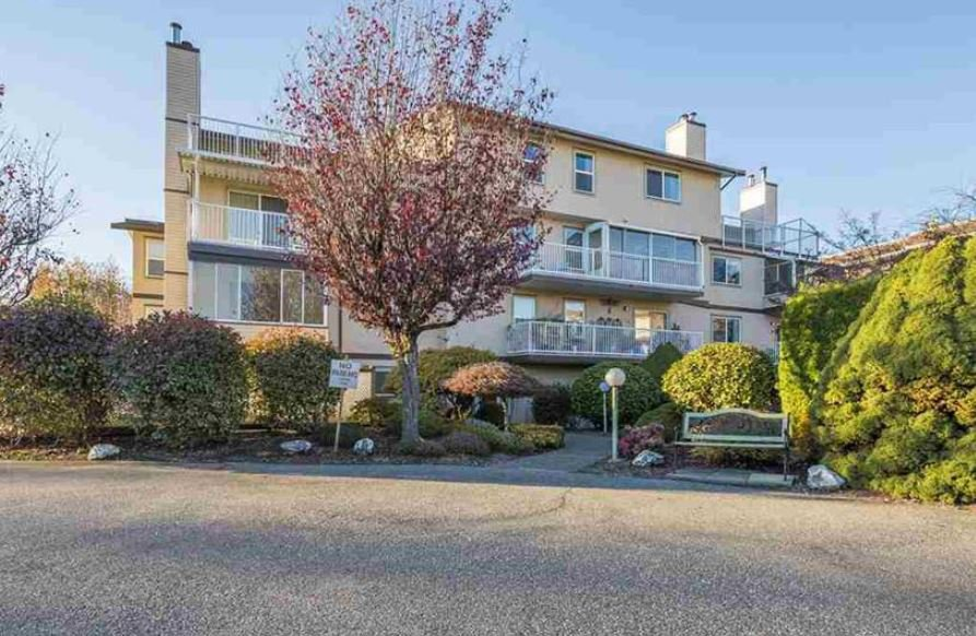 Main Photo: 306 8975 MARY Street in Chilliwack: Chilliwack W Young-Well Condo for sale : MLS®# R2408749