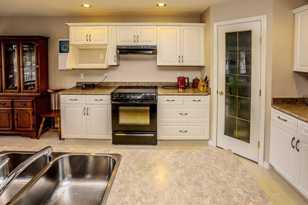 "Photo 7: Photos: 11420 COTTONWOOD Drive in Maple Ridge: Cottonwood MR House for sale in ""COTTONWOOD"" : MLS®# R2424660"