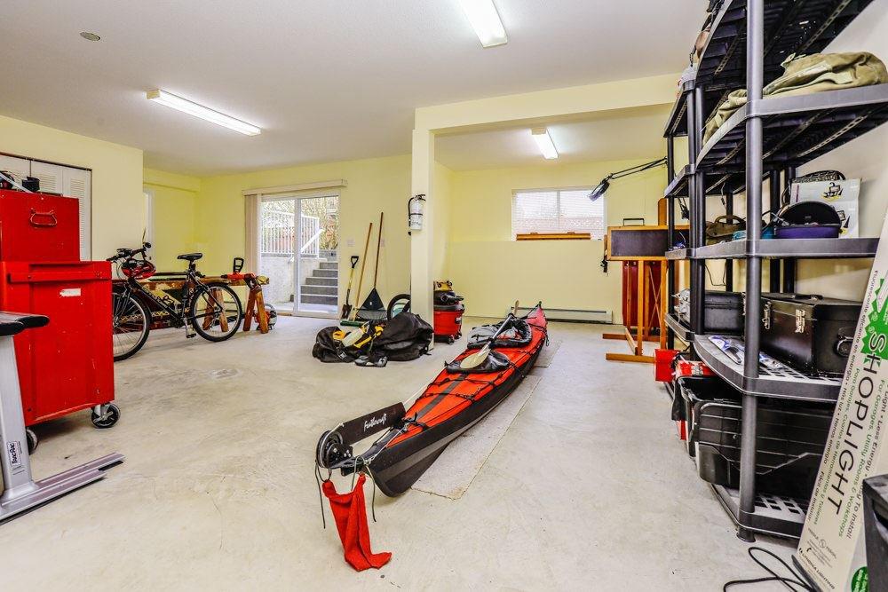 "Photo 18: Photos: 11420 COTTONWOOD Drive in Maple Ridge: Cottonwood MR House for sale in ""COTTONWOOD"" : MLS®# R2424660"