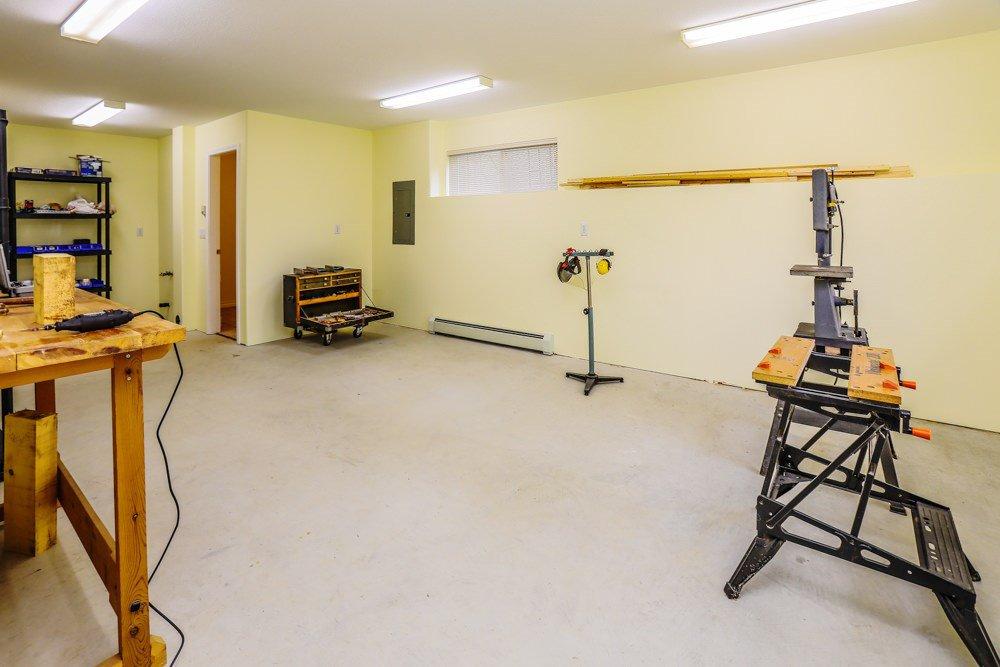 "Photo 16: Photos: 11420 COTTONWOOD Drive in Maple Ridge: Cottonwood MR House for sale in ""COTTONWOOD"" : MLS®# R2424660"