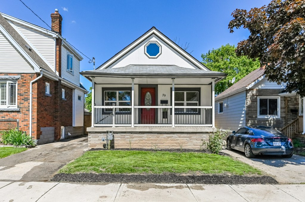 Main Photo: 79 North Barons Street in Hamilton: House for sale : MLS®# H4080272