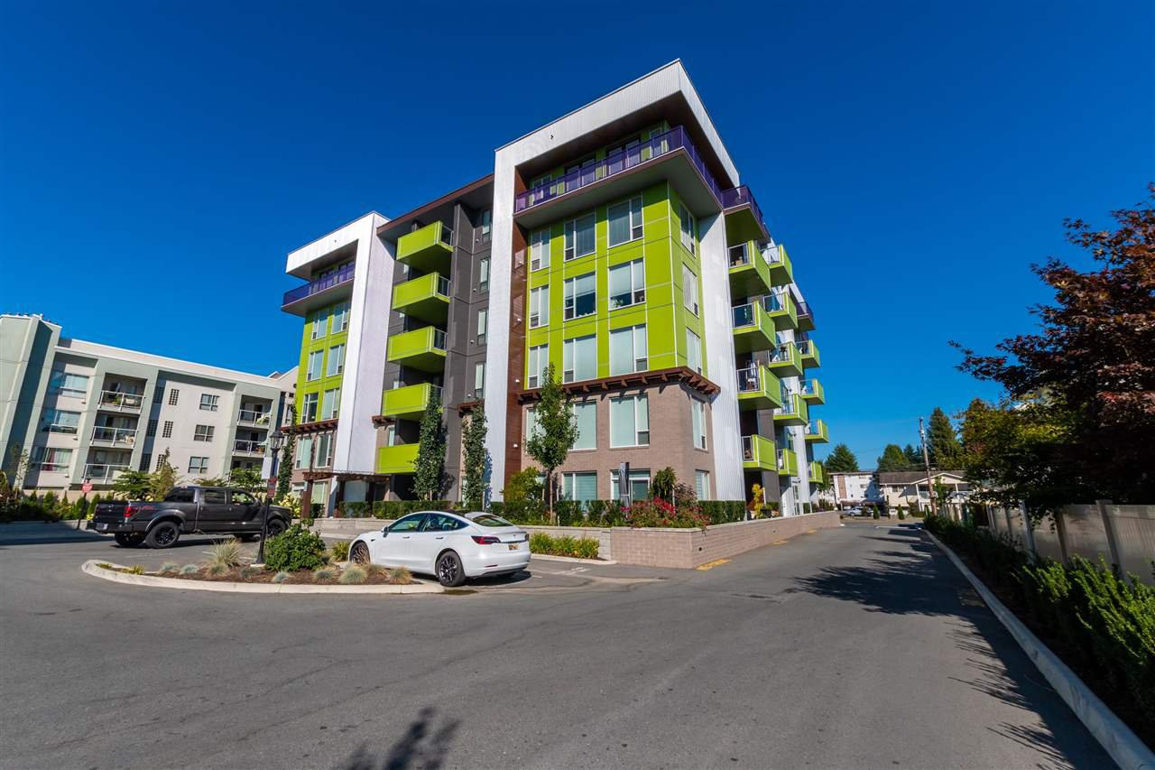 "Main Photo: 503 2565 WARE Street in Abbotsford: Central Abbotsford Condo for sale in ""MILL DISTRICT"" : MLS®# R2498229"
