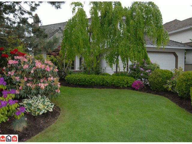 "Main Photo: 6105 125TH Street in Surrey: Panorama Ridge House for sale in ""BOUNDARY PARK"" : MLS®# F1014457"