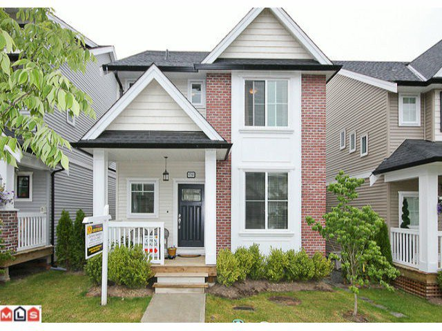 "Main Photo: 6760 193B Street in Surrey: Clayton House for sale in ""GRAMERCY PARK"" (Cloverdale)  : MLS®# F1017960"