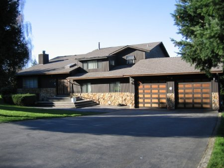 Main Photo: 17445 Hillview Place: House for sale (South Surrey)  : MLS®# F2504762
