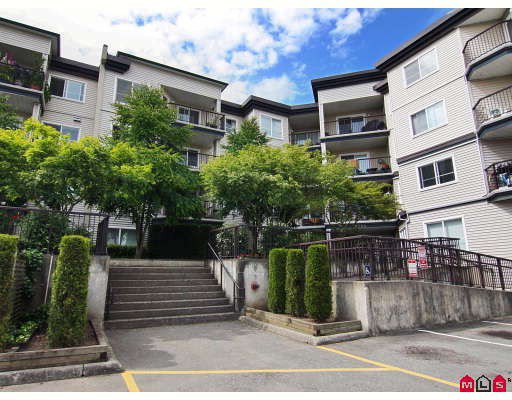 "Main Photo: 406 5765 GLOVER Road in Langley: Langley City Condo for sale in ""College Court"" : MLS®# F2818017"