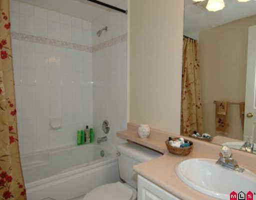 """Photo 6: Photos: 110 7475 138TH ST in Surrey: East Newton Condo for sale in """"Cardinal Court"""" : MLS®# F2518996"""