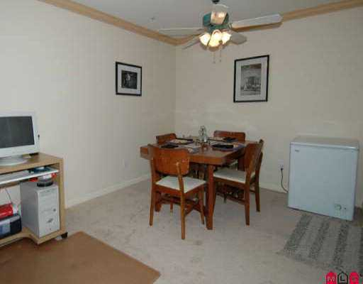 """Photo 3: Photos: 110 7475 138TH ST in Surrey: East Newton Condo for sale in """"Cardinal Court"""" : MLS®# F2518996"""