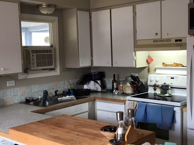 "Photo 2: Photos: 285 RODDIE Avenue in Quesnel: Quesnel - Town House for sale in ""WEST QUESNEL"" (Quesnel (Zone 28))  : MLS®# R2393452"