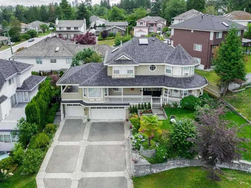 Main Photo: 10040 120A Street in Surrey: Cedar Hills House for sale (North Surrey)  : MLS®# R2397108