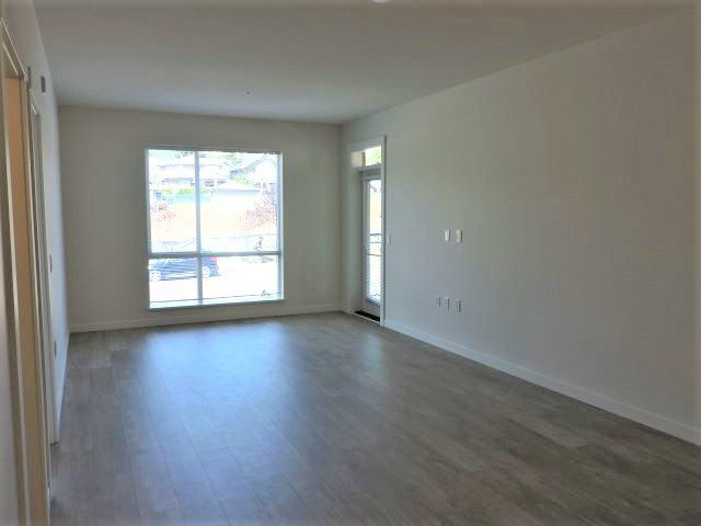 """Photo 5: Photos: 310 625 E 3RD Street in North Vancouver: Lower Lonsdale Condo for sale in """"KINDRED MOODYVILLE"""" : MLS®# R2417535"""