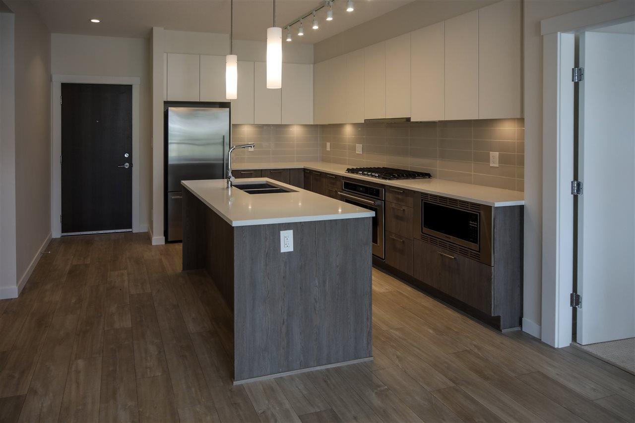 """Photo 3: Photos: 310 625 E 3RD Street in North Vancouver: Lower Lonsdale Condo for sale in """"KINDRED MOODYVILLE"""" : MLS®# R2417535"""