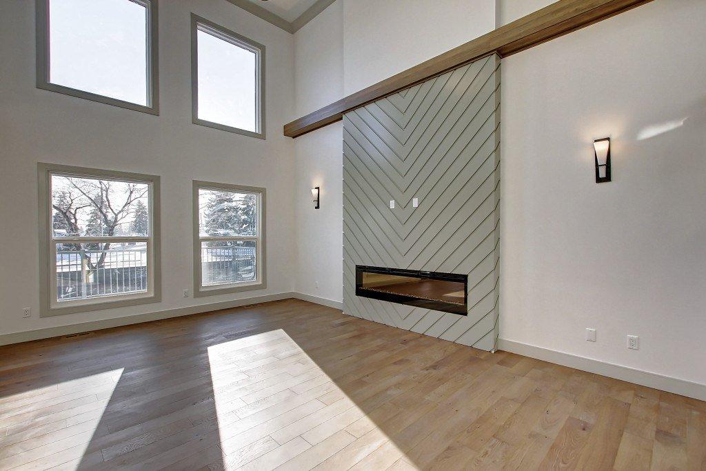 Main Photo: 2015 ROCHESTER Avenue in Edmonton: Zone 27 House for sale : MLS®# E4192861