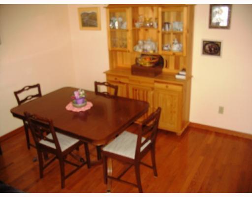 Photo 4: Photos:  in WINNIPEG: Fort Garry / Whyte Ridge / St Norbert Residential for sale (South Winnipeg)  : MLS®# 2902821