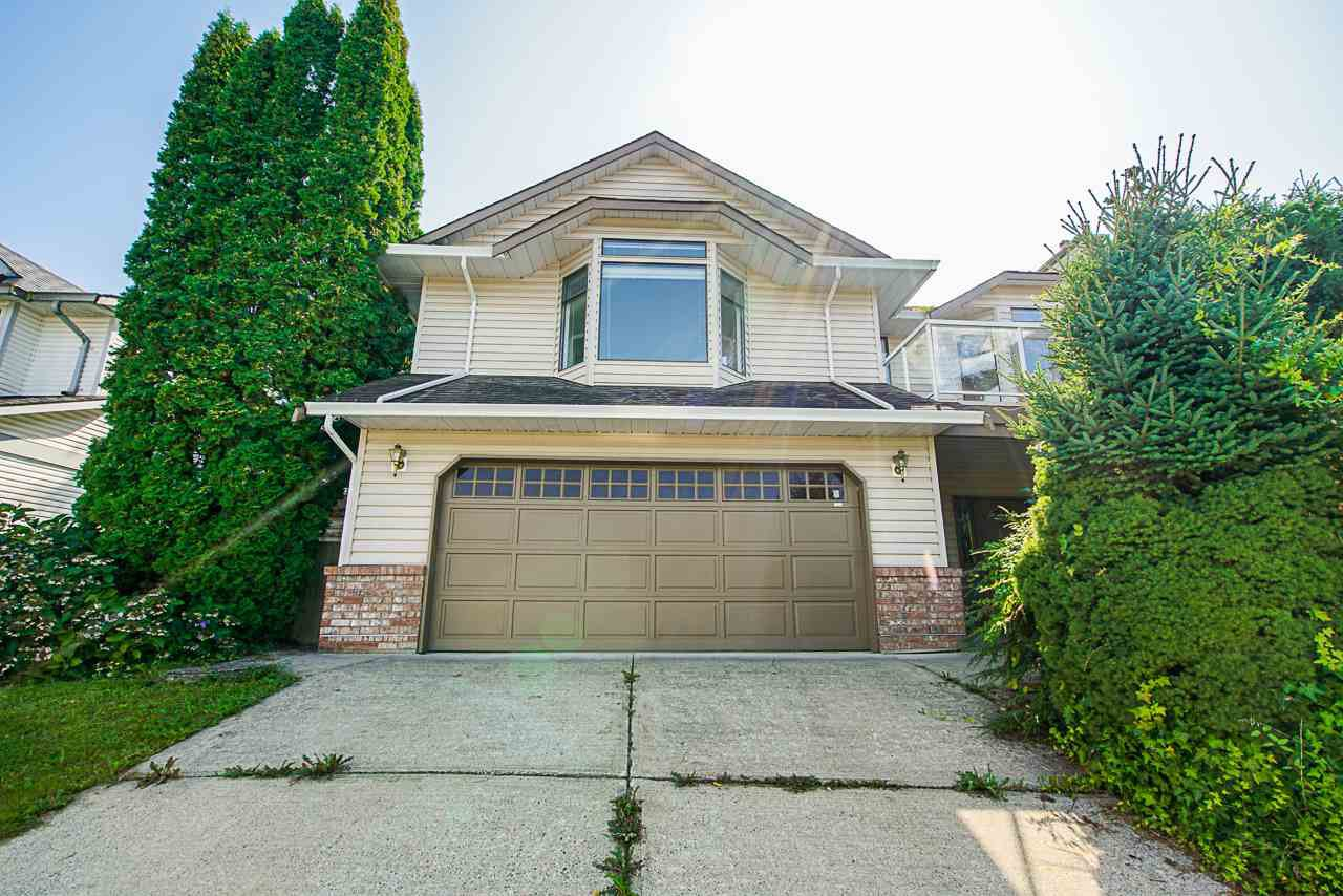 Main Photo: 22996 124B Avenue in Maple Ridge: East Central House for sale : MLS®# R2396340