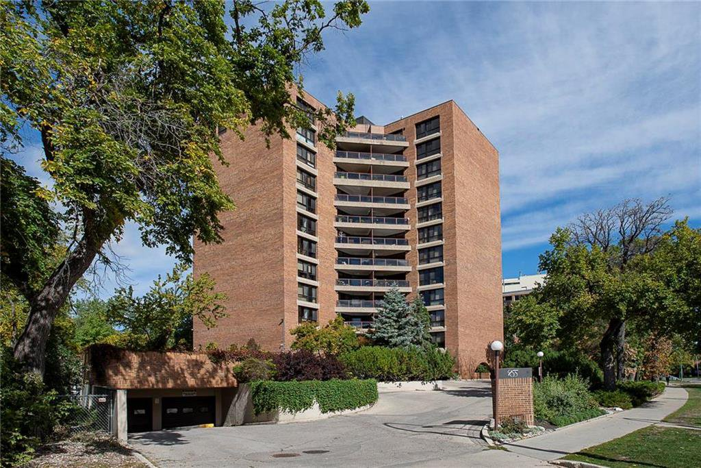 Come home to 255 Wellington Crescent. You will enjoy this superb location close to all amenities, shopping, restaurants, churches, synagogue, transportation. Or perhaps you would like to take the boat taxi to The Forks? There are two indoor parking stalls