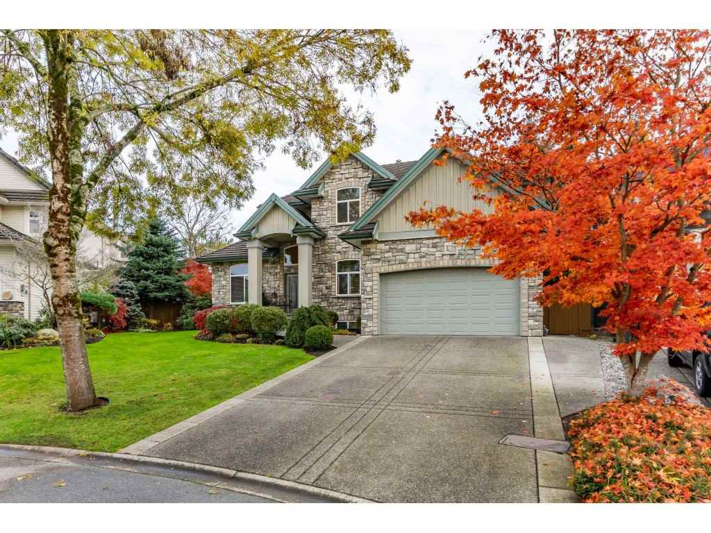 "Main Photo: 21066 86 Avenue in Langley: Walnut Grove House for sale in ""Manor Park"" : MLS®# R2516979"