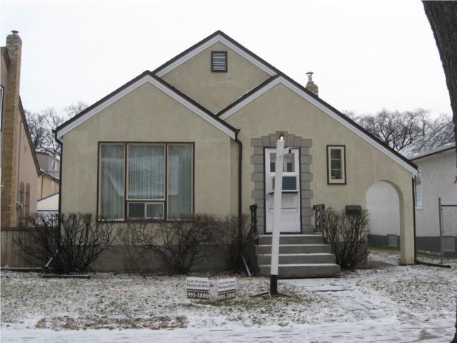 Main Photo: 1099 Ingersoll Street in WINNIPEG: West End / Wolseley Residential for sale (West Winnipeg)  : MLS®# 2950397
