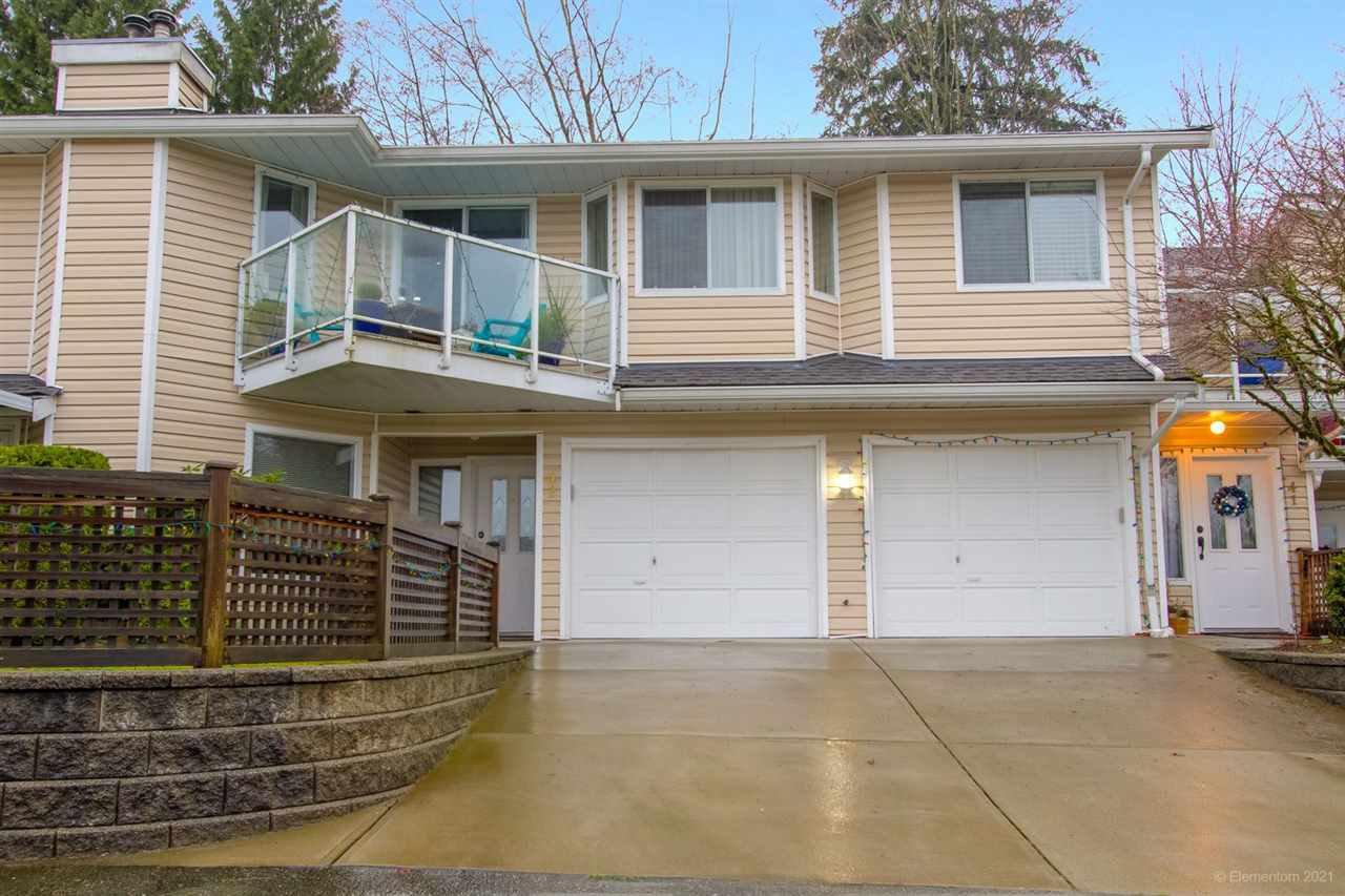 "Main Photo: 42 1190 FALCON Drive in Coquitlam: Eagle Ridge CQ Townhouse for sale in ""FALCON TERRACE"" : MLS®# R2526171"