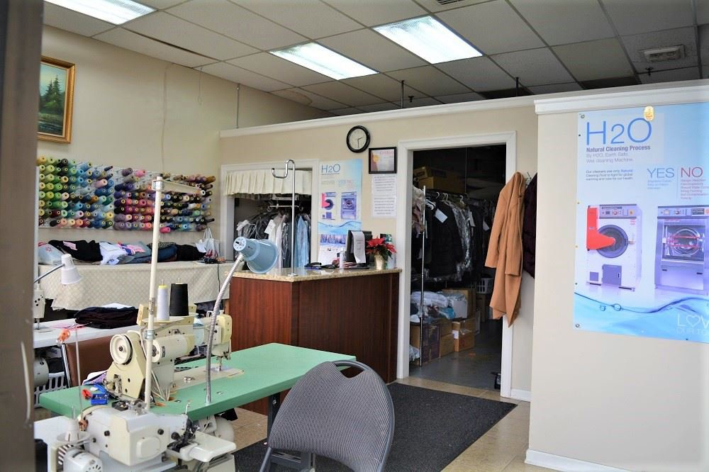 Main Photo: 132 8900 152 STREET in Surrey: Fleetwood Tynehead Business for sale : MLS®# C8035406