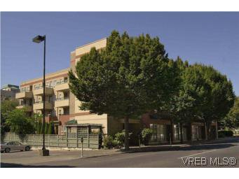 Main Photo: 202 1015 Johnson Street in VICTORIA: Vi Downtown Condo Apartment for sale (Victoria)  : MLS®# 273440