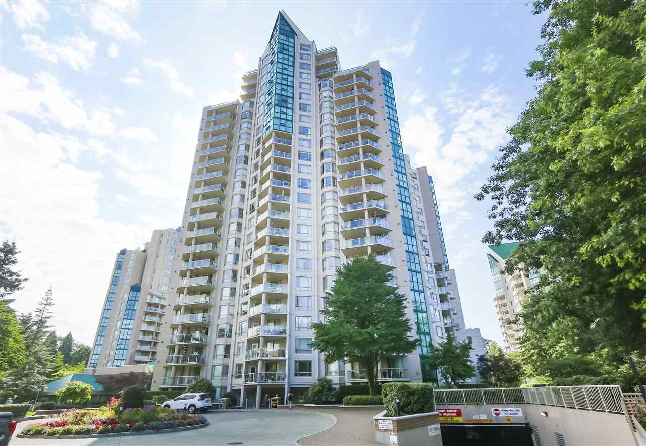 """Main Photo: 305 1199 EASTWOOD Street in Coquitlam: North Coquitlam Condo for sale in """"THE SELKIRK"""" : MLS®# R2390050"""