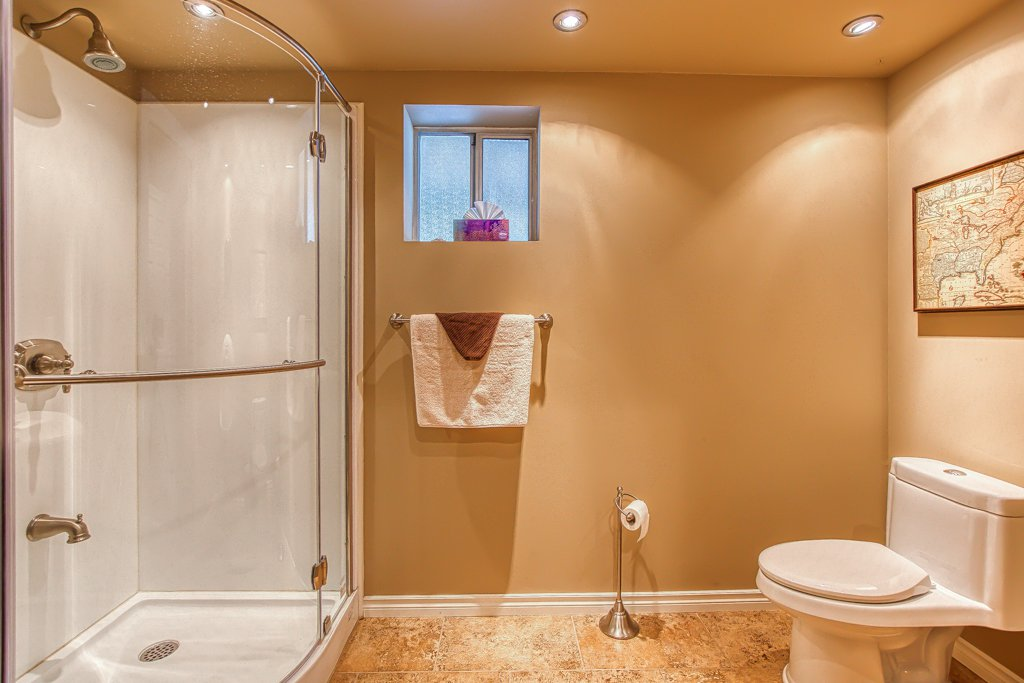 Photo 20: Photos: 33002 MALAHAT Place in Abbotsford: Central Abbotsford House for sale : MLS®# R2403238