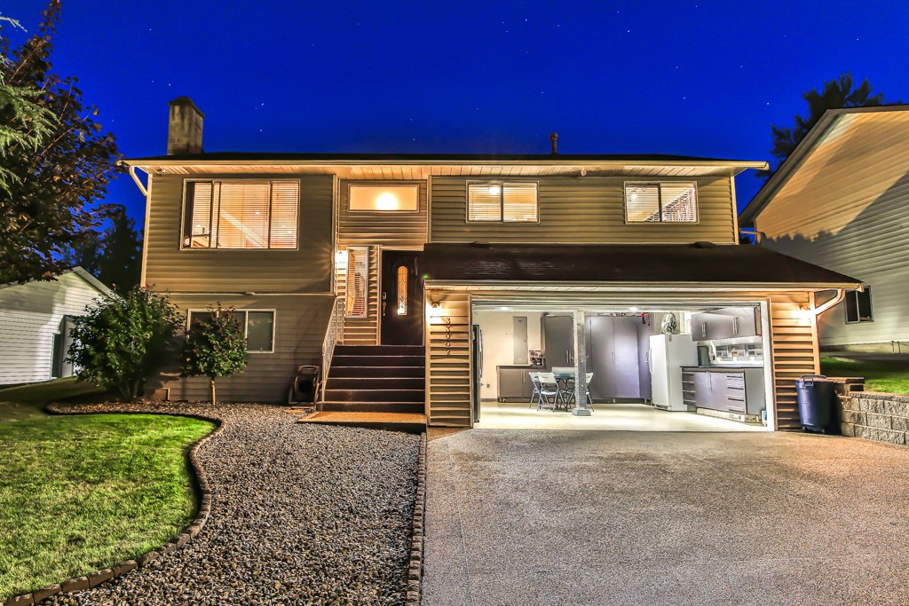 Photo 31: Photos: 33002 MALAHAT Place in Abbotsford: Central Abbotsford House for sale : MLS®# R2403238
