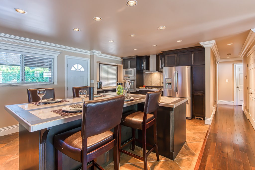 Photo 8: Photos: 33002 MALAHAT Place in Abbotsford: Central Abbotsford House for sale : MLS®# R2403238