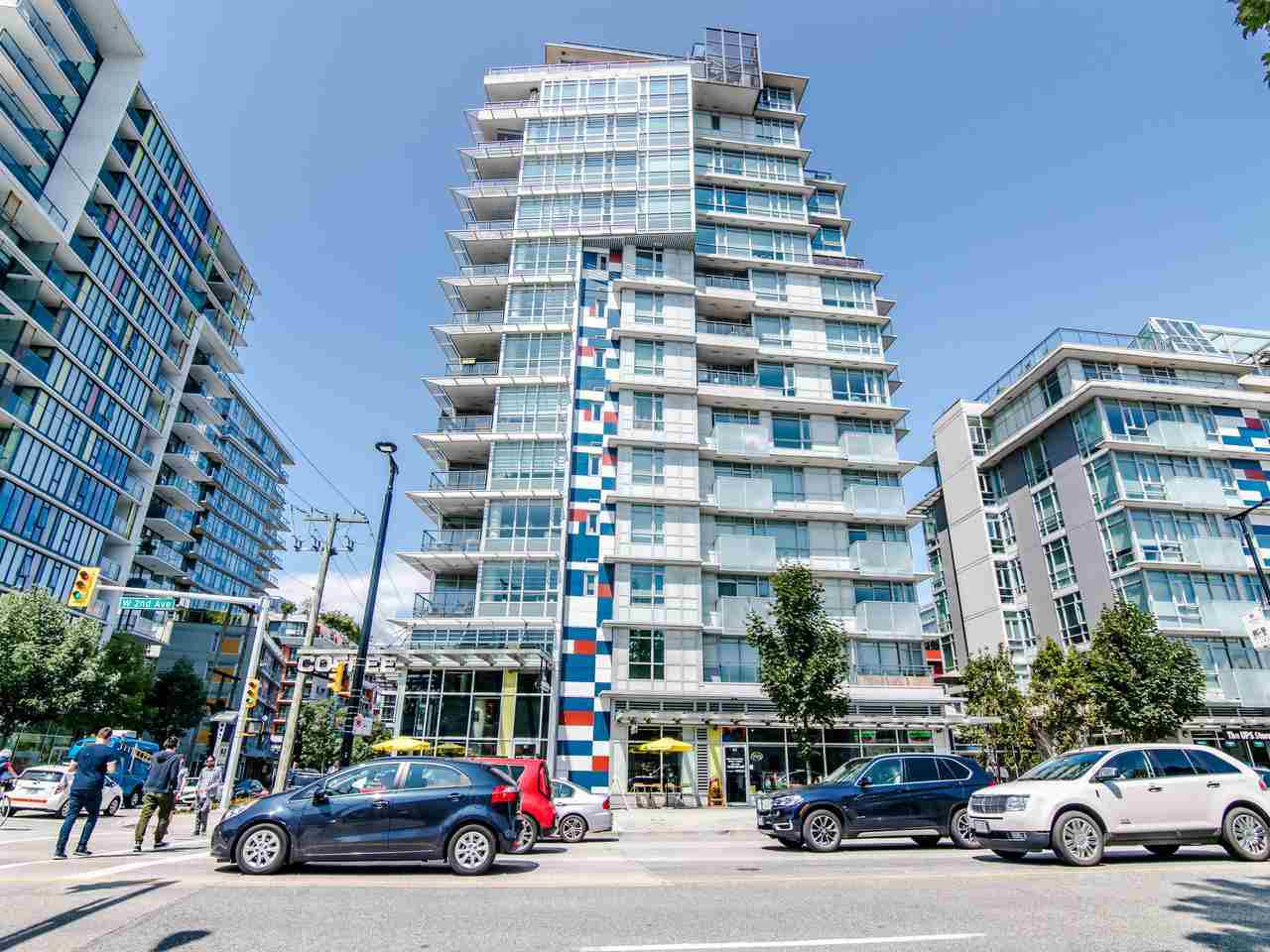 """Main Photo: 607 89 W 2ND Avenue in Vancouver: False Creek Condo for sale in """"Pinnacle Living False Creek"""" (Vancouver West)  : MLS®# R2430247"""