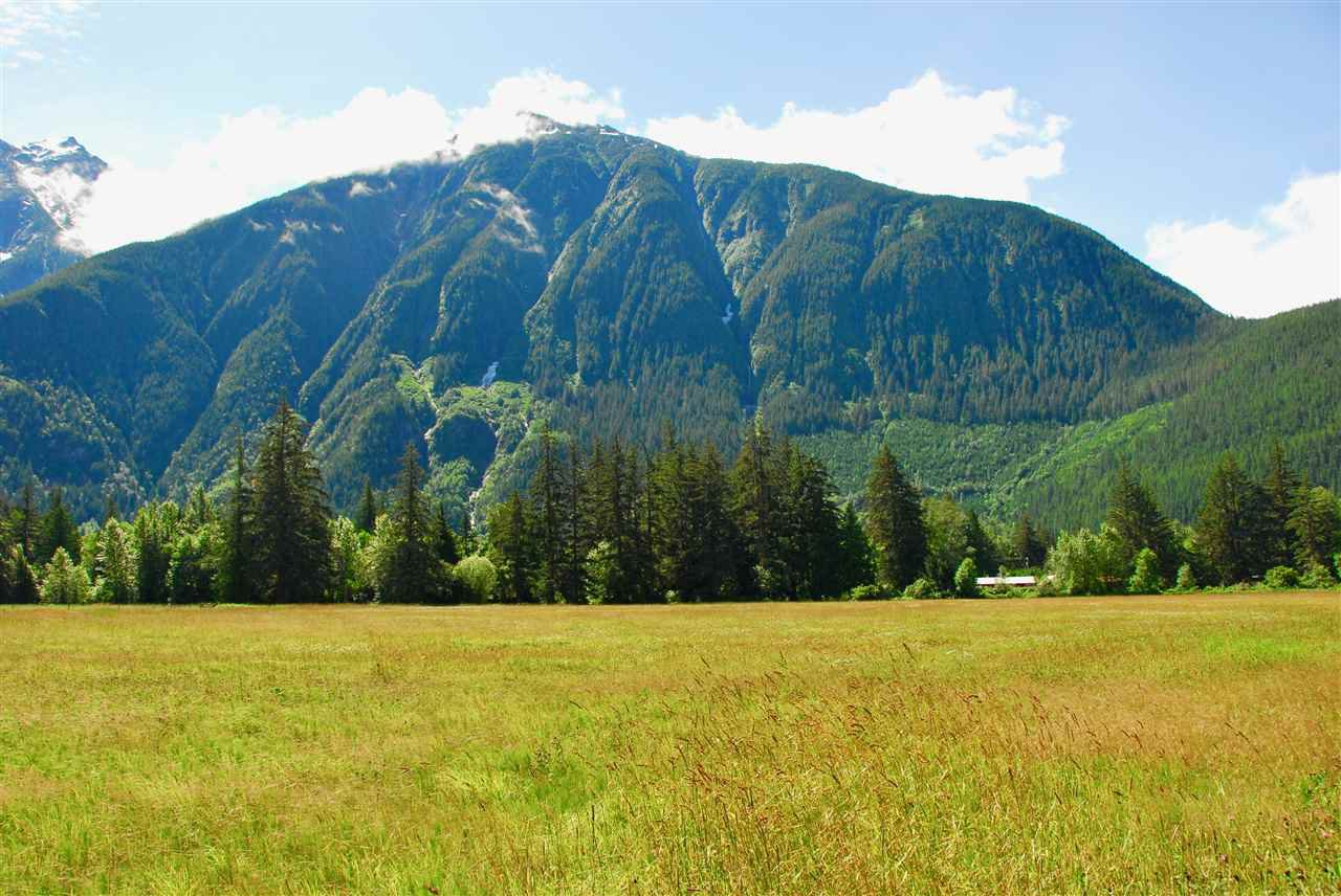 Photo 8: Photos: 944 MACKENZIE Highway in Bella Coola: Bella Coola/Hagensborg House for sale (Williams Lake (Zone 27))  : MLS®# R2482254