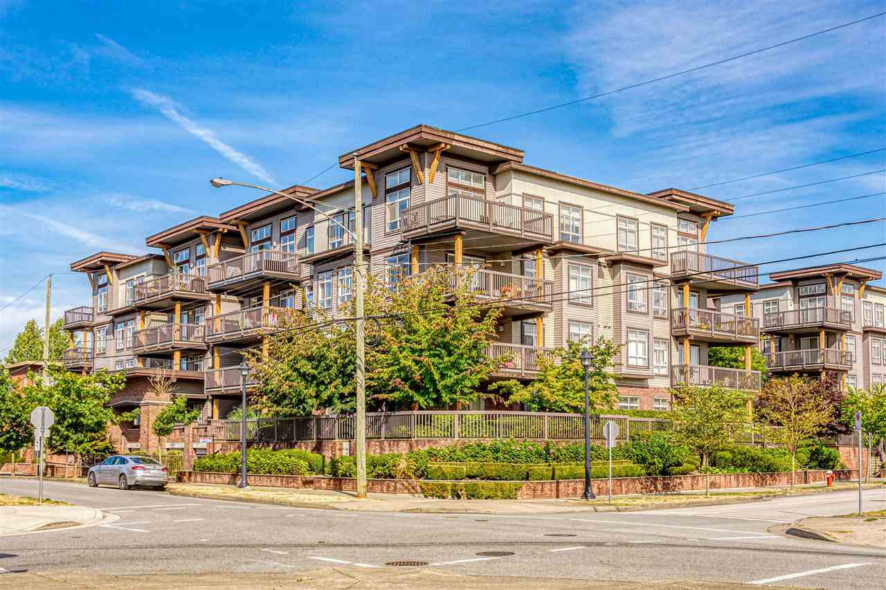 """Main Photo: 309 9233 FERNDALE Road in Richmond: McLennan North Condo for sale in """"RED2"""" : MLS®# R2489999"""