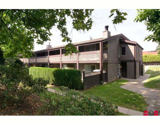 """Main Photo: 626 34909 OLD YALE Road in Abbotsford: Abbotsford East Townhouse for sale in """"THE GARDENS"""" : MLS®# F2919867"""