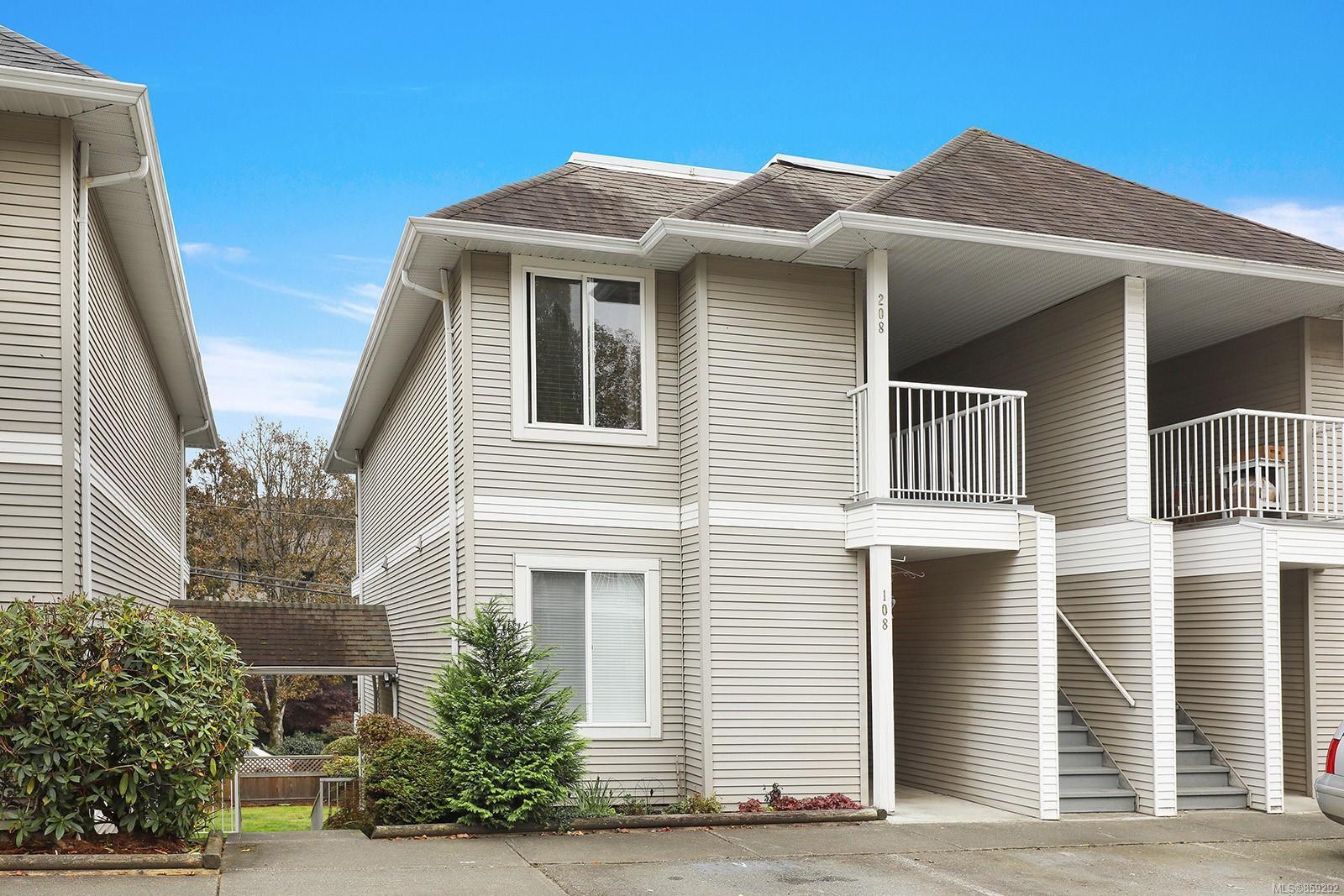 Main Photo: 208 130 Back Rd in : CV Courtenay East Condo for sale (Comox Valley)  : MLS®# 859292