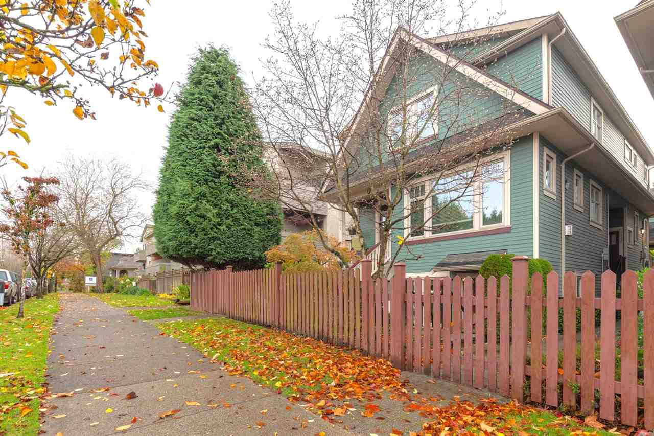 "Main Photo: 1526 GRAVELEY Street in Vancouver: Grandview Woodland Townhouse for sale in ""Gravely Heights"" (Vancouver East)  : MLS®# R2518305"